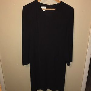 David Warren classic black dress size 6.